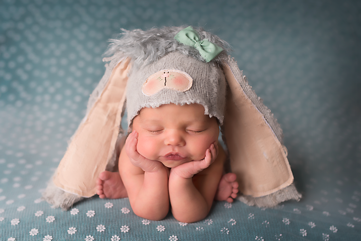 Newborn photography | easter newborn ideas | easter pictures of baby |easter newborn photos